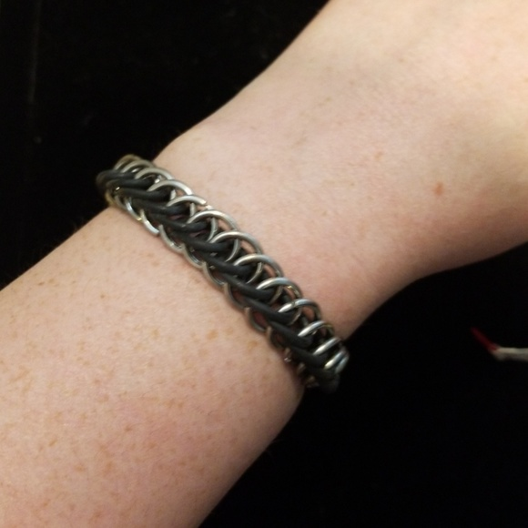 Urban Outfitters Jewelry - Vintage Chain Bracelet
